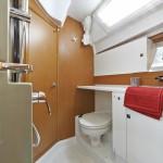 boat-44DS_interieur_2013112711444911