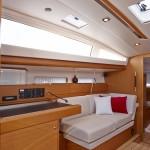 boat-44DS_interieur_201311271144502