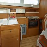 boat-44DS_interieur_2013112711445235