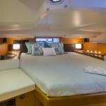 boat-44DS_interieur_2013112711445328